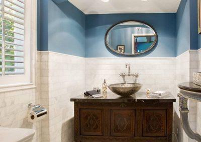 bathroom800px